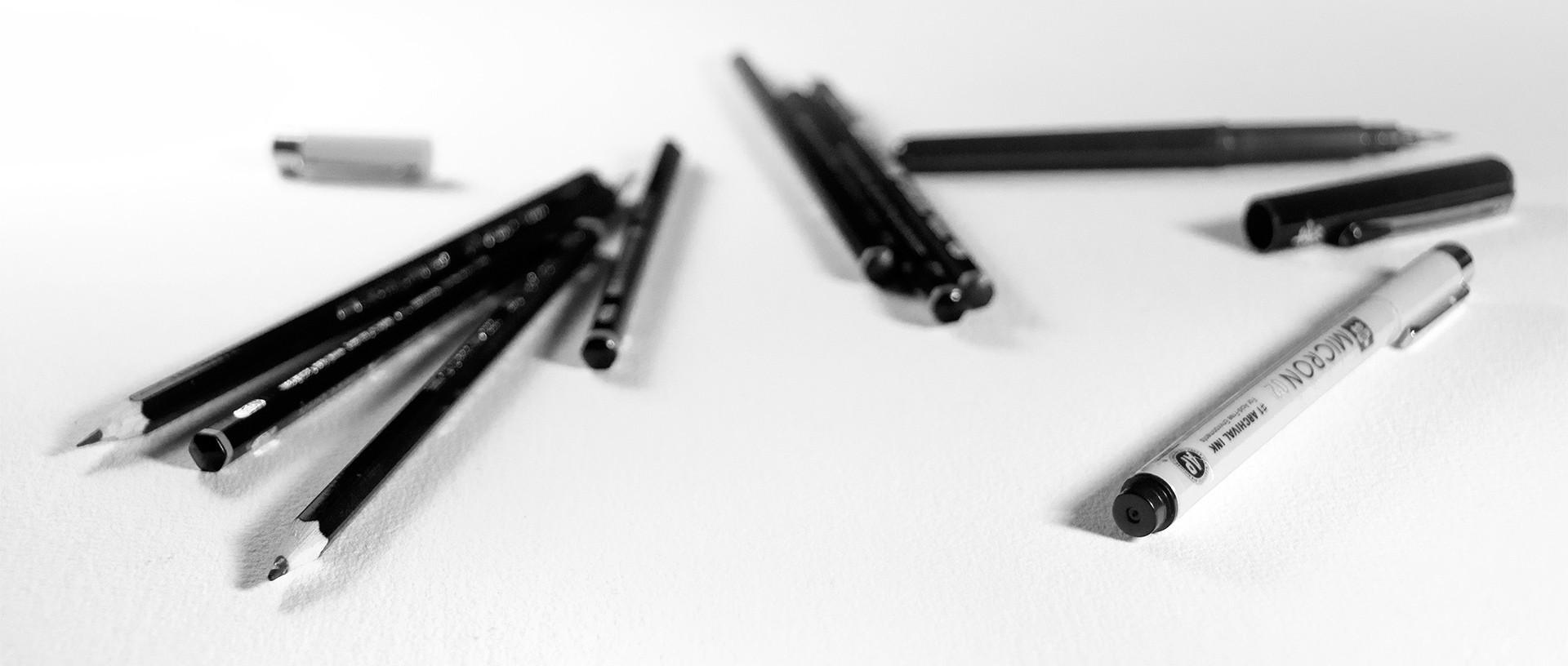 crayons, feutres, papier - studio de communication visuelle
